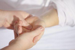 La réflexologie soulage les organes pour lutter contre le stress